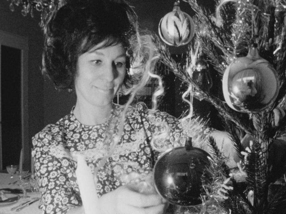 Astuces pour Noël en 1968. [RTS]