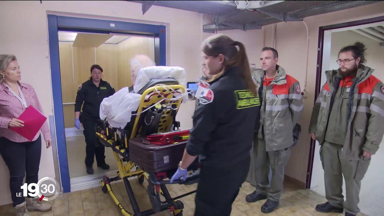 Hôpital de Riviera-Chablais: le premier transfert de patients a eu lieu ce matin depuis l'hôpital de Monthey [RTS]