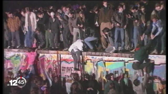 Berlin, 30 ans, jour pour jour que le mur est tombé. Retour en image sur cet événement, [RTS]