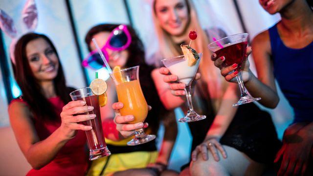 "Le ""sans alcool"" a la cote en 2019. [Wavebreakmedia - Depositphotos]"