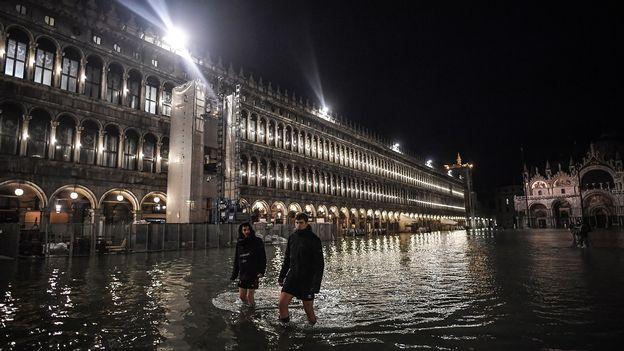 Une marée haute historique enregistrée cette nuit à Venise