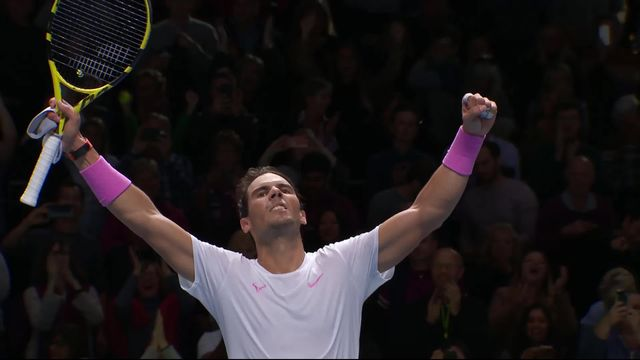 Round Robin: R.Nadal (ESP) - D.Medvedev (RUS) (6-7, 6-3, 7-6): Nadal sauve une balle de match à 1-5 avant de s'imposer! [RTS]
