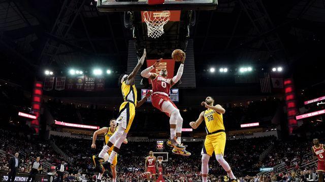 Russell Westbrook (0) a inscrit 17 points pour les Rockets. [David J.Phillip - Keystone]