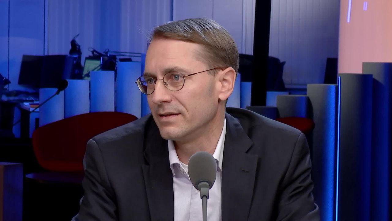 La pharma influencerait les prescriptions médicales: interview de Nicolas Rodondi [RTS]