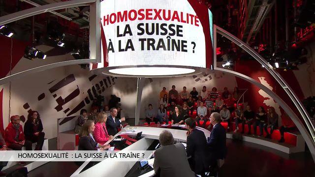 Homosexualité: la Suisse à la traîne? [RTS]