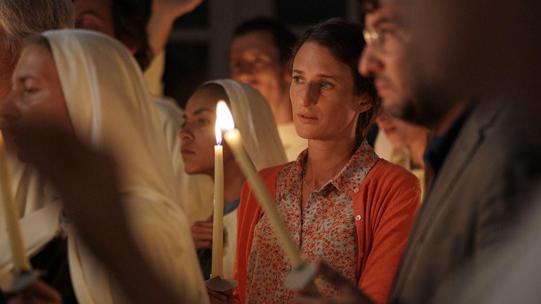 """Les Eblouis"""", un film sur les dérives sectaires chrétiennes - rts ..."""