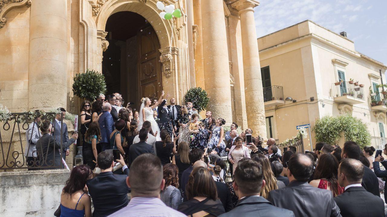 Un mariage à Noto, dans la province de Syracuse, dans le sud de la Sicile, en 2016. [Alessandro della Valle - Keystone]