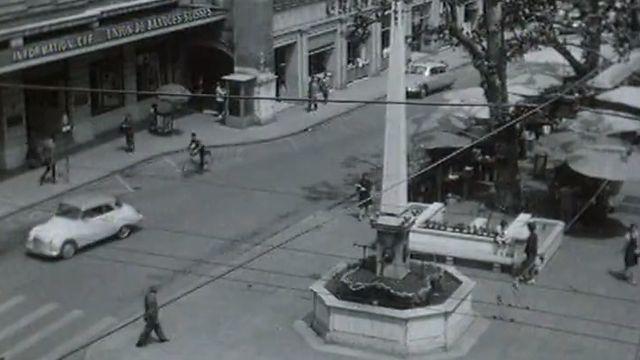 La place du Molard à Genève en 1963. [RTS]