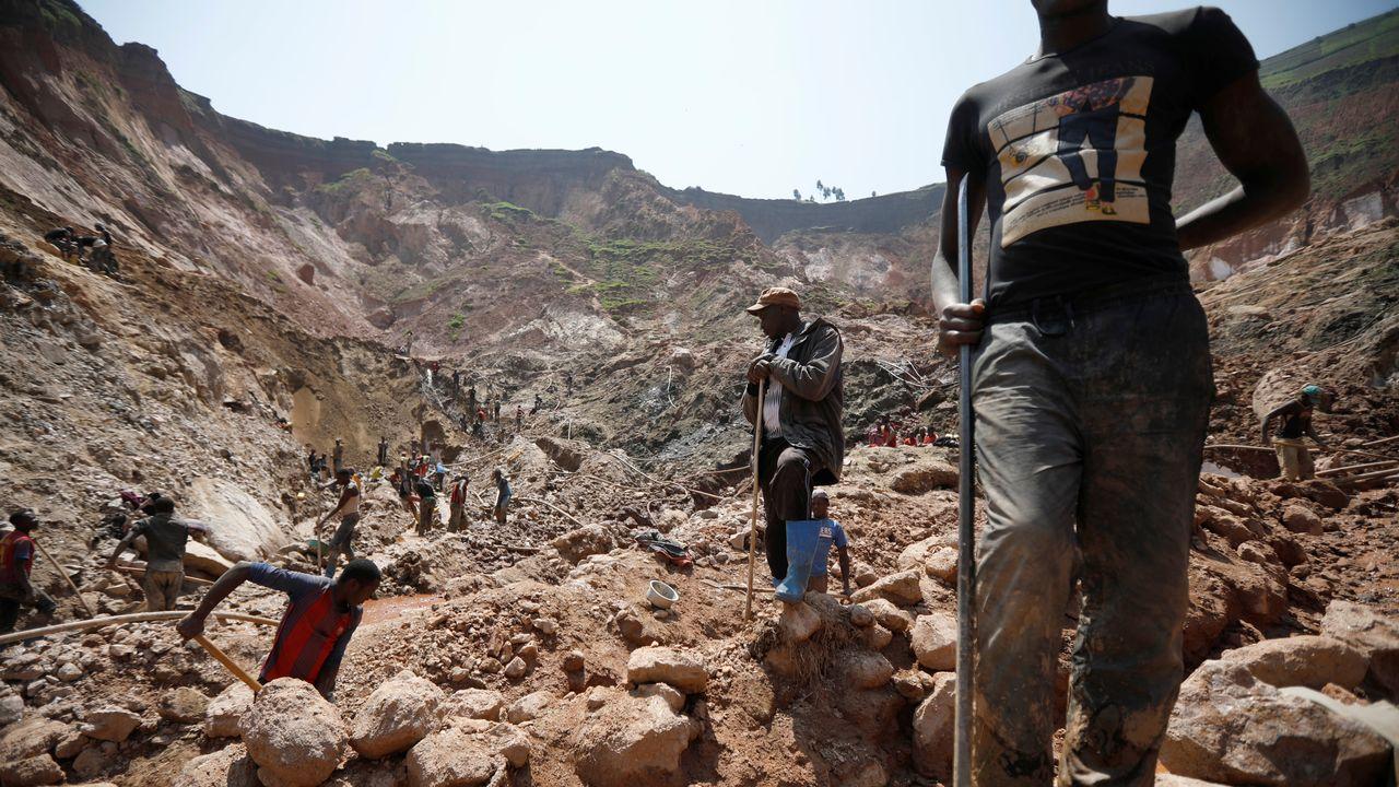 Une mine de Coltan près de la ville de Rubaya, dans l'est de la République Démocratique du Congo, en août 2019. [Baz Ratner - Reuters]