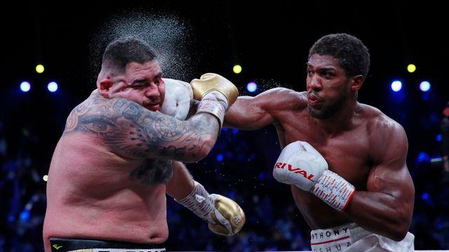 Boxe: Anthony Joshua prend sa revanche et récupère ses titres mondiaux