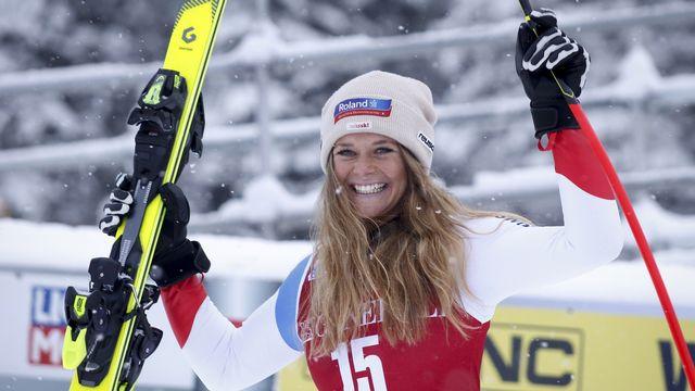 Corinne Suter s'affirme encore un peu plus comme la leader de l'équipe de Suisse de vitesse. [Jeff McIntosh - Keystone]