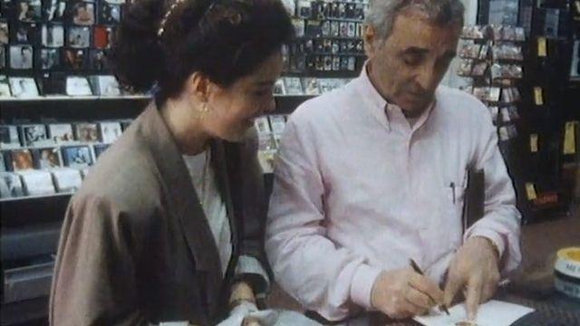 Charles Aznavour, résident suisse. 1989. [RTS]