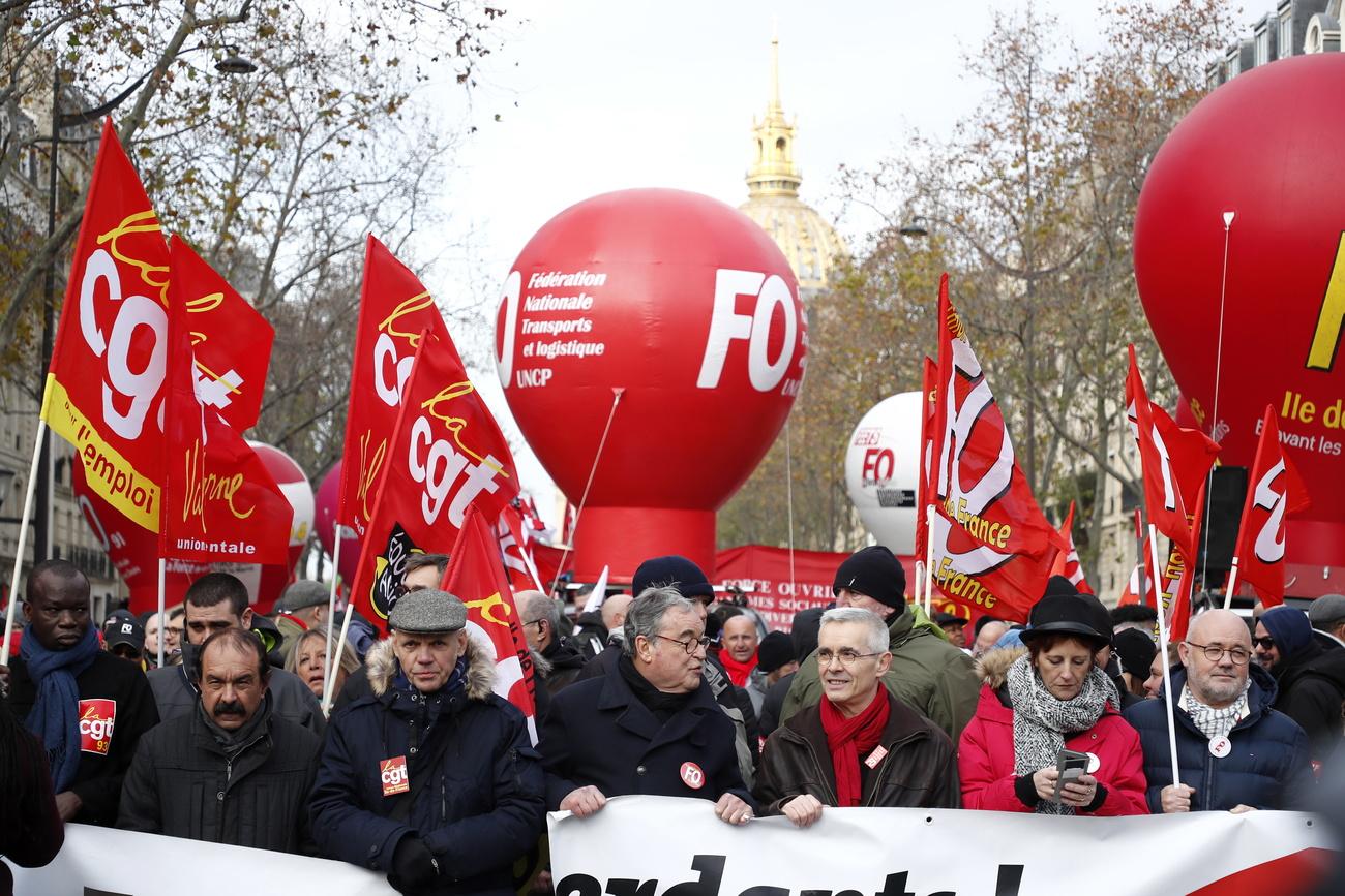 #034;Pas de trêve pour Noël dans la grève en France#034;, avertit la CGT