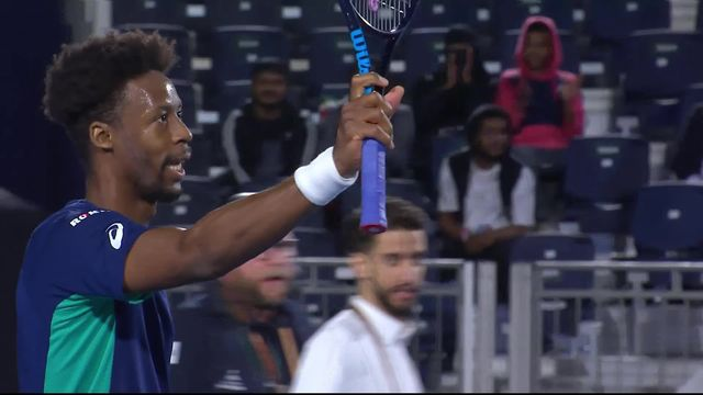 G.Monfils (FRA) – S.Wawrinka (6-3, 6-3): Stan s'incline en tournoi d'exhibition [RTS]