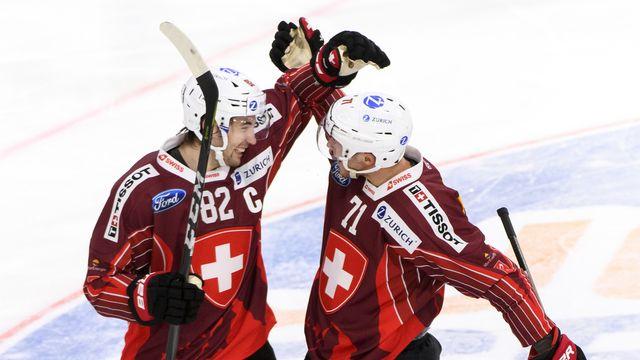 Simon Moser, à gauche, a réussi un doublé contre la Norvège. [Laurent Gillieron - Keystone]