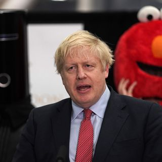 Le Premier ministre Boris Johnson attend les résultats des élections générales britanniques le 13 décembre 2019. [Will Oliver - EPA/Keystone]