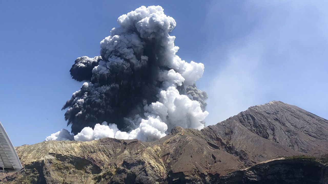L'éruption du volcan de White Island.   [Lillani Hopkins via AP - Keystone]