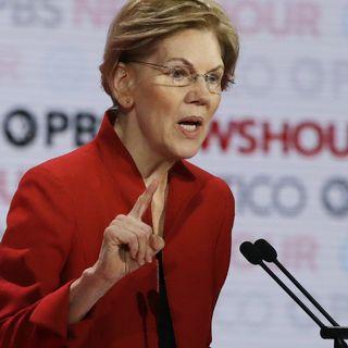 Elizabeth Warren, candidate à l'investiture démocrate, lors du débat du jeudi 19 décembre à Los Angeles. [Chris Carlson - AP photo]