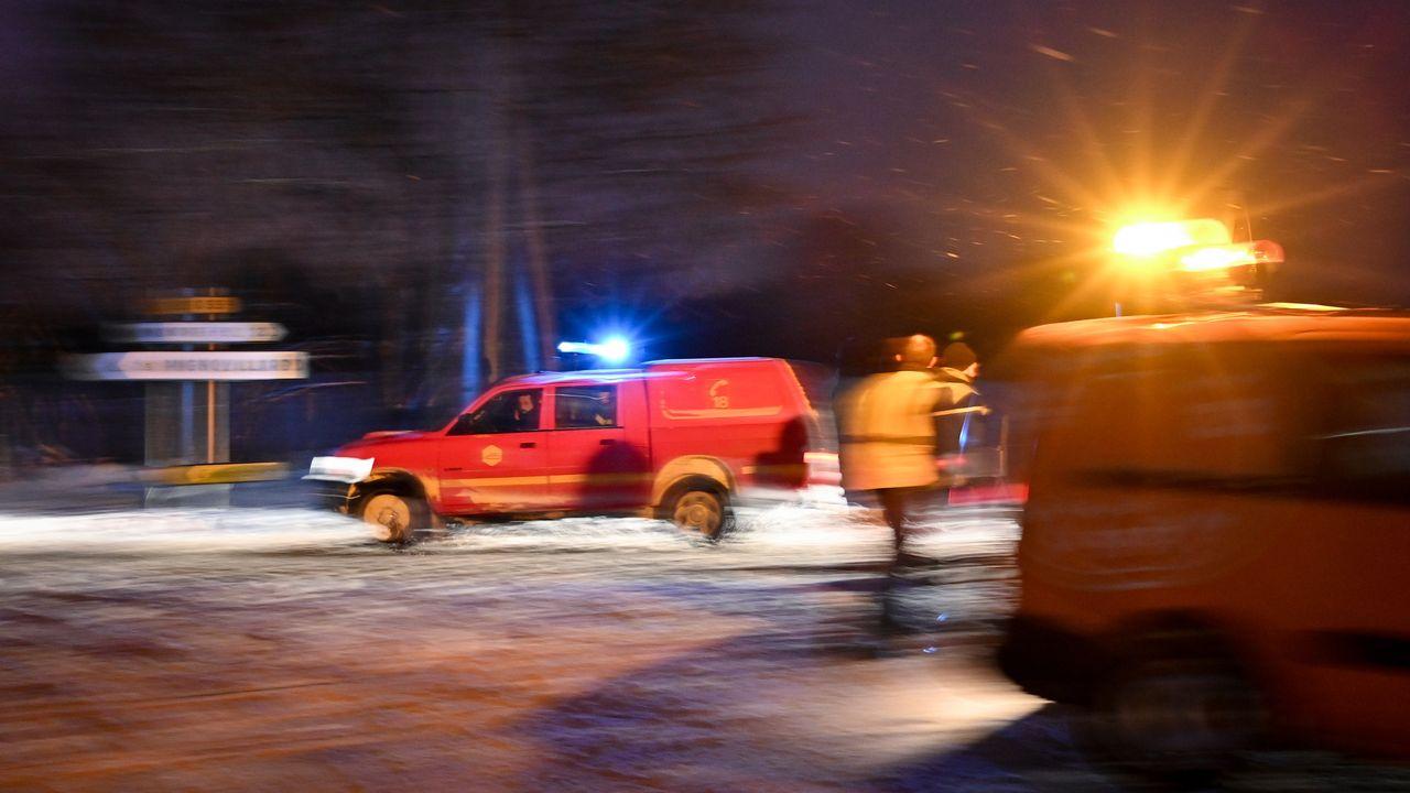 Les secours sur le lieu du crash près de Mignovillard, le 9 janvier 2019. [Fabrice Coffrini - AFP ]