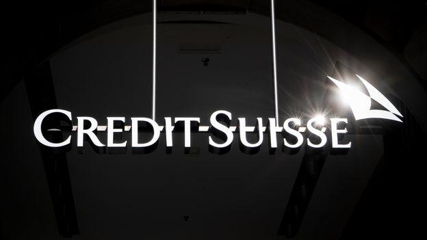 Économie : Credit Suisse reconnaît avoir surveillé son ex-chef des ressources humaines |