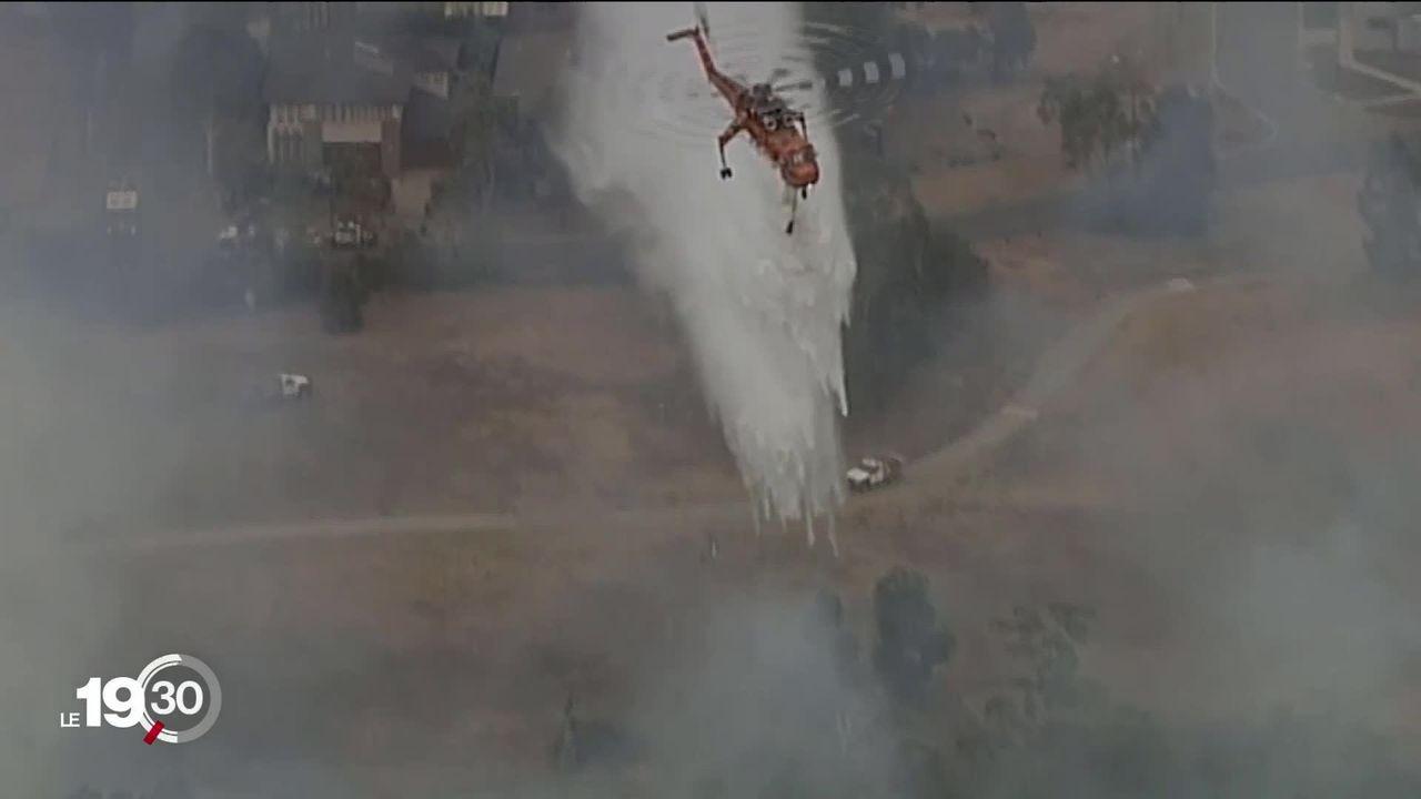 En Australie, plus de 150'000 personnes sont évacuées de certaines banlieues de Melbourne où les feux menacent [RTS]