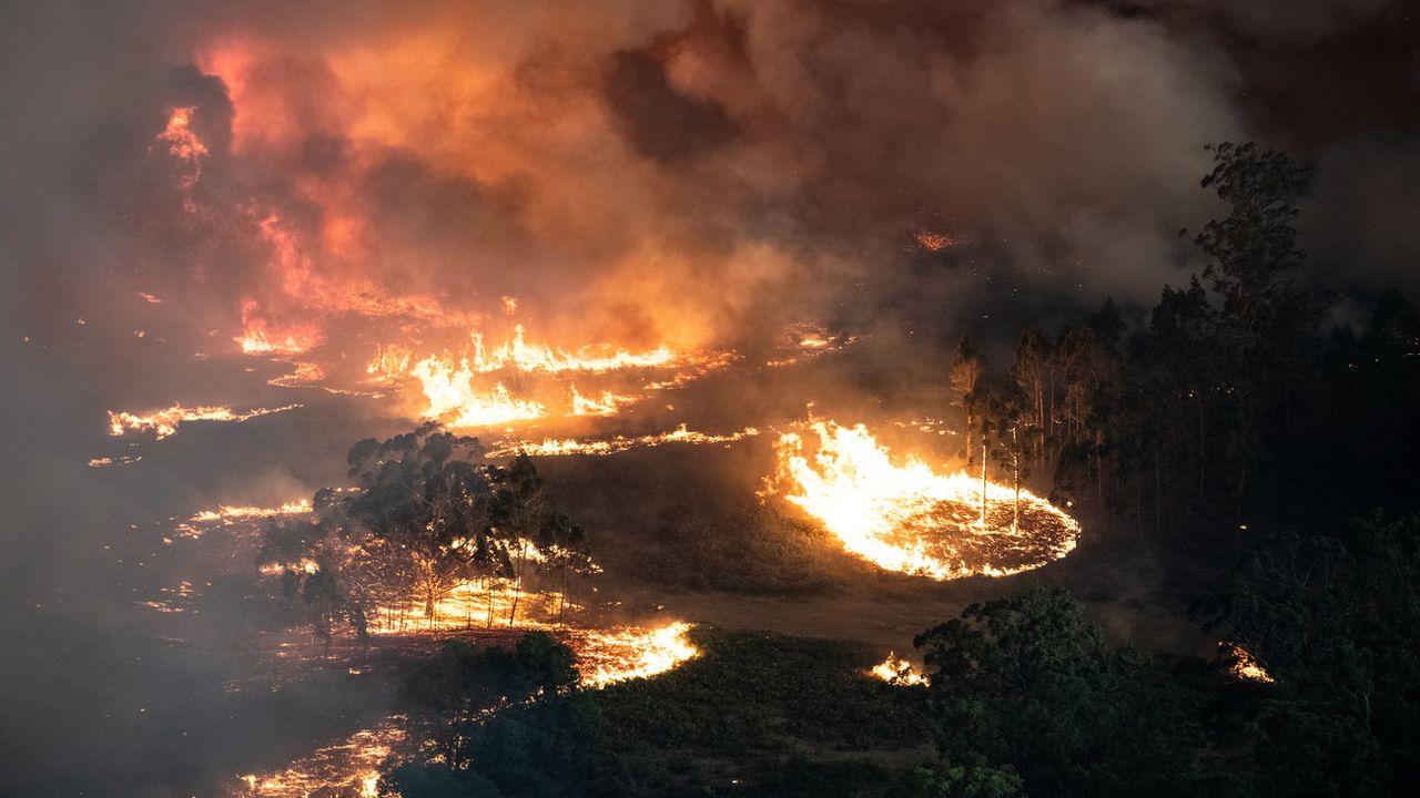 Une vue aérienne des feux de brousse en Australie le 31 décembre 2019. [Government of Victoria Handout - EPA/Keystone]