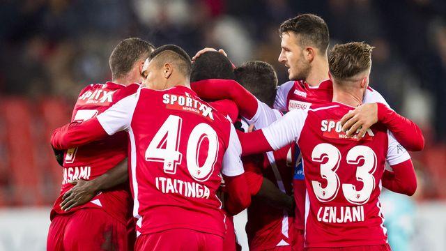 Les joueurs du FC Sion attendent toujours un nouvel entraîneur. [Jean-Christophe Bott - Keystone]