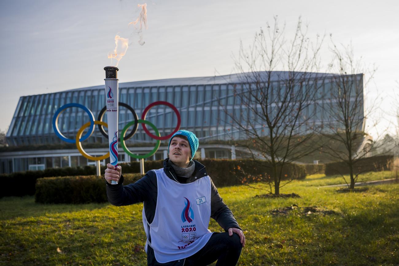 Derniers préparatifs des Jeux de la jeunesse ternis par un grave accident