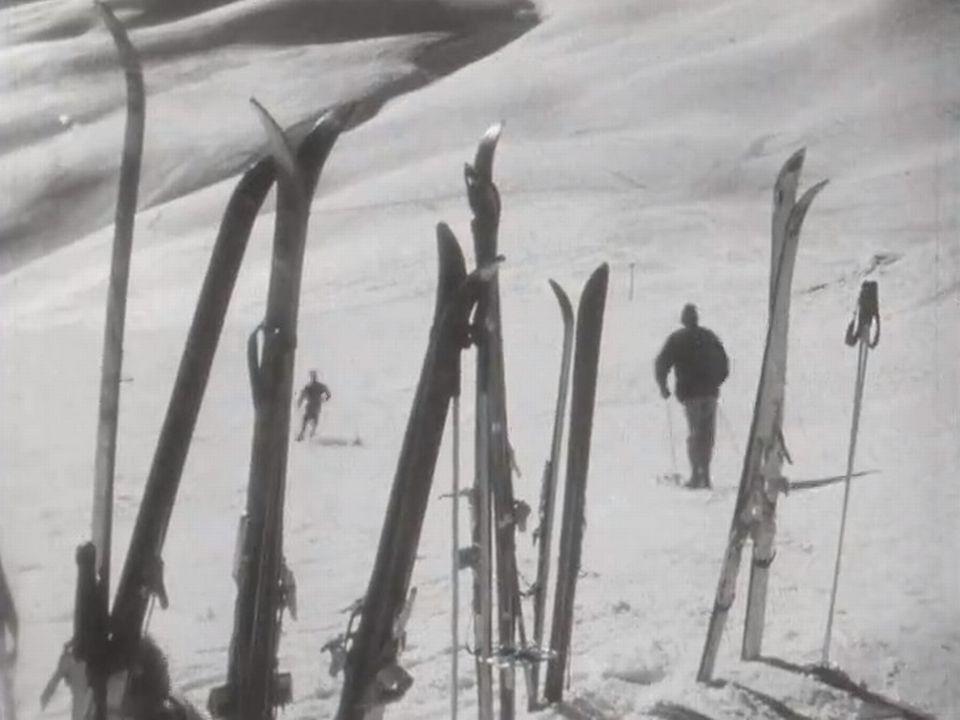 Sur les pistes de Saint-Moritz en 1961. [RTS]