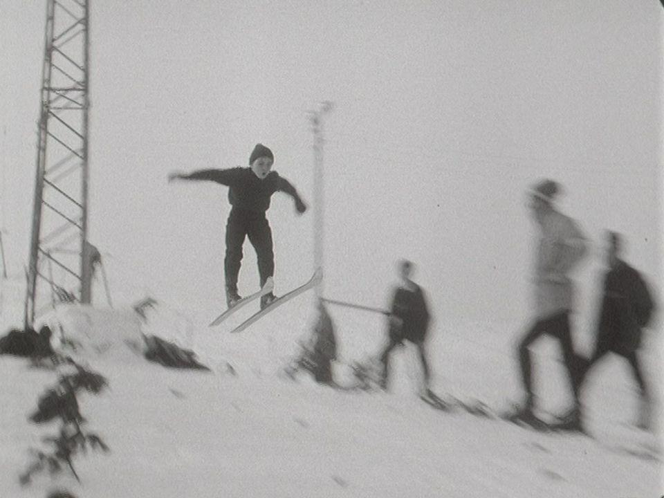 La relève du saut à ski en 1969. [RTS]
