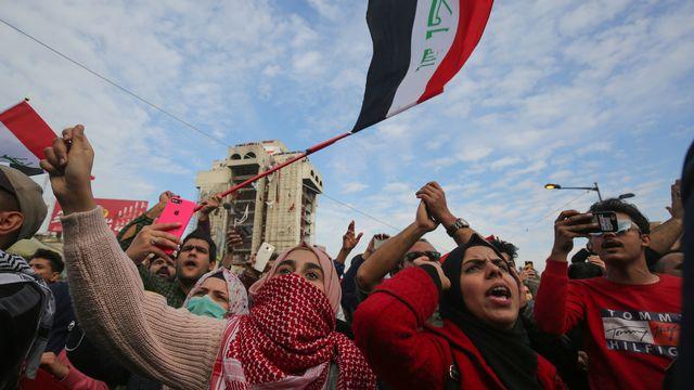 A Bagdad, des milliers de manifestants conspuent Iran et Etats-Unis. [Ahmad al-Rubaye - AFP]