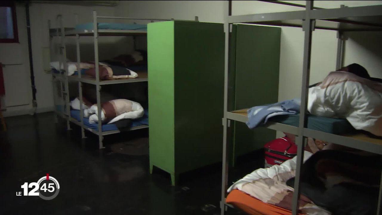 La Suisse ne doit plus renvoyer de familles ni de demandeurs d'asile malades vers l'Italie. [RTS]