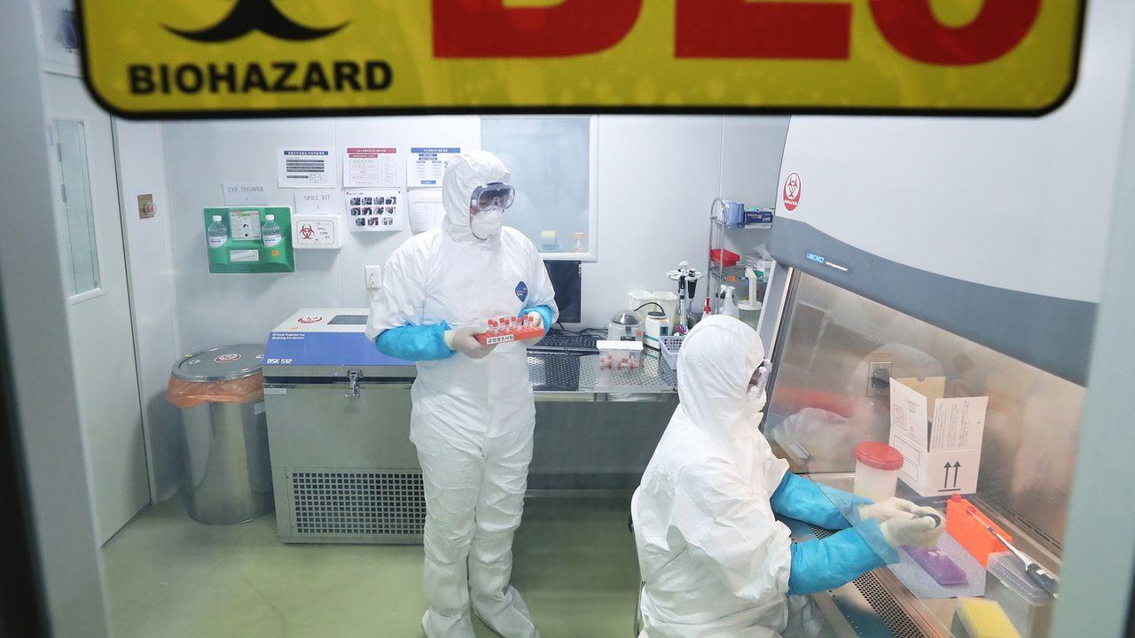 La Chine annonce dix-sept nouveaux cas du mystérieux virus. [Keystone]