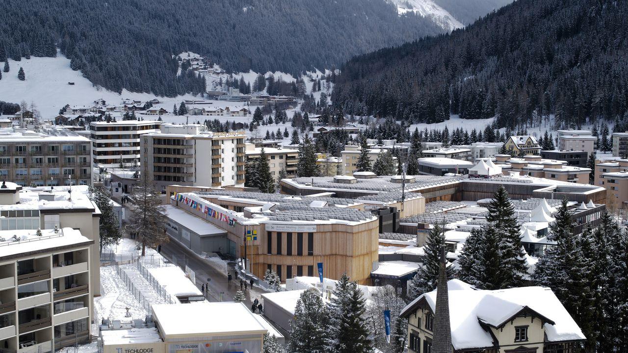 Le centre des congrès de Davos. [Markus Schreiber - AP Photo]