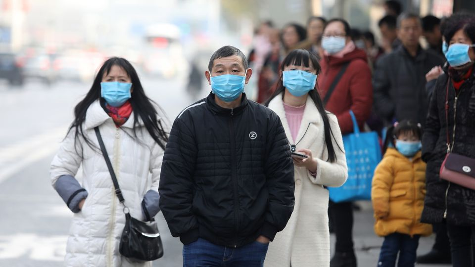 Le virus apparu en Chine serait transmissible entre humains. [Str - Keystone]