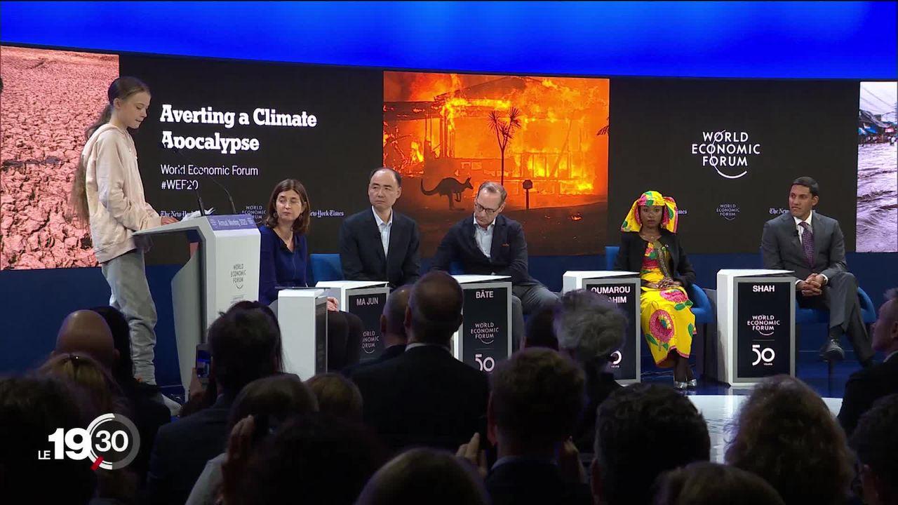 Le WEF vit cette année à l'heure de l'urgence climatique. La pression est maximale sur l'industrie fossile. [RTS]