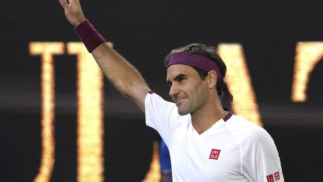 Roger Federer, soulagé après être sorti des griffes de Tennys Sandgren. [Lee Jin-Man - AP]