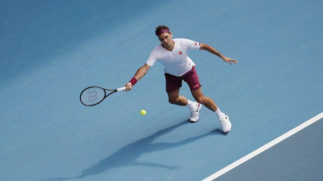 Roger Federer a encore frisé la correctionnelle. Mais il reste dans le tournoi. Pour le meilleur ou pour le pire? [Roman Pilipey - AP]