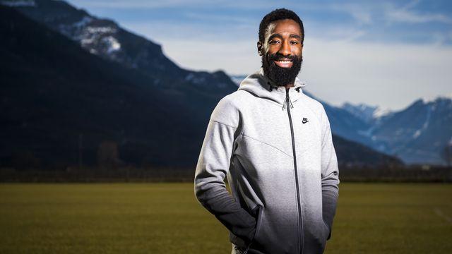 Djourou tente à 33 ans de relancer sa carrière au FC Sion. [Jean-Christophe Bott - Keystone]