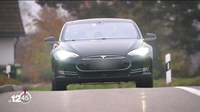 Les ventes de voitures électriques sont en forte hausse en Suisse. [RTS]