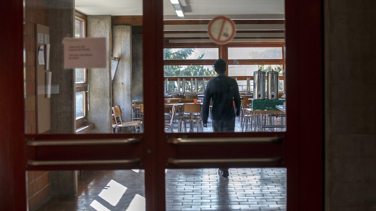 Les demandes d'asile ont continué à diminuer en Suisse en 2019. [Salvatore Di Nolfi - Keystone]