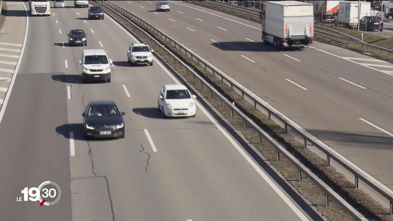 Avec 4,2% et 8,4% des ventes neuves, la part des voitures électriques et hybrides bondit en Suisse [RTS]