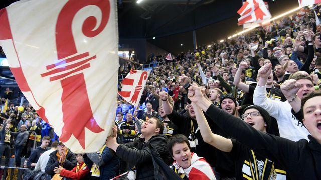 Les supporters du HC Ajoie lors de la finale de la Coupe de Suisse le 2 février 2020. [Laurent Gillieron - Keystone]