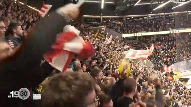 Hockey sur glace: rencontre Ajoie-Davos à Lausanne, les supporters se rassemblent avant la finale de la Coupe de Suisse [RTS]