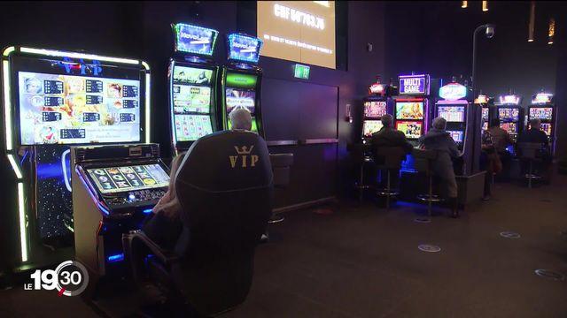 Piratage de machines à sous du casino de Crans-Montana: les prévenus devant le tribunal de district de Sierre. [RTS]