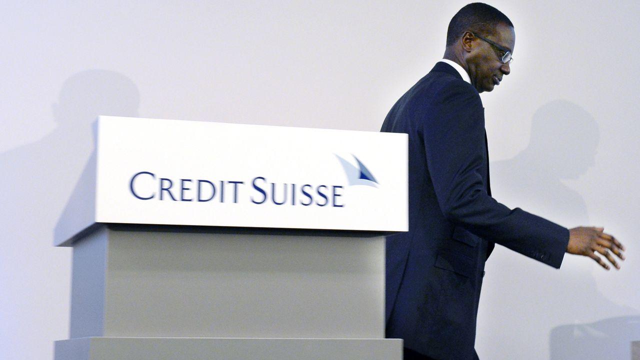Le directeur général de Credit Suisse, Tidjane Thiam, sous le feu de vives critiques depuis l'éclatement de l'affaire des filatures, a présenté sa démission. [Walter Bieri - Keystone]