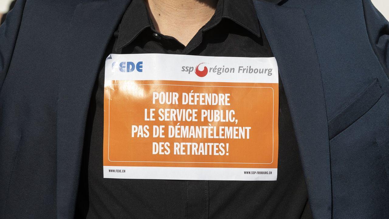 A Fribourg, la Fede et le SSP ne sont plus sur la même longueur d'onde à propos de la réforme de la caisse de pension. [Adrien Perritaz - Keystone]