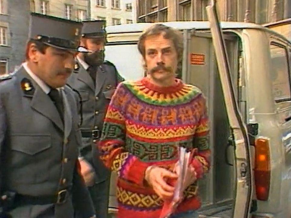 Jacques Fasel arrivant à son procès en 1985. [RTS]