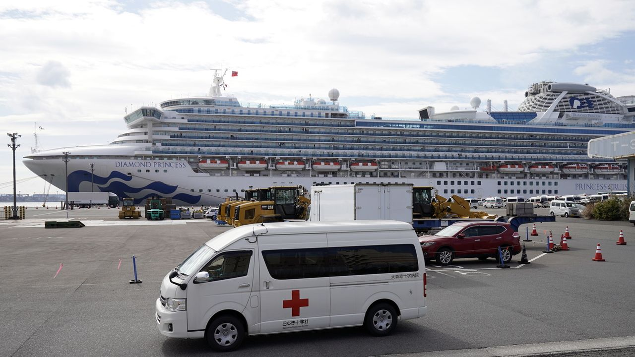 Le bateau de croisière mis en quarantaine au large du Japon à cause du coronavirus.  [Franck Robichon - EPA/ Keystone]