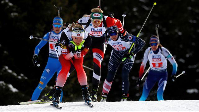 La Norvège mène le bal. Au fond, dossard 8, la Suisse commence à être distancée. [Leonhard Foeger - Reuters]